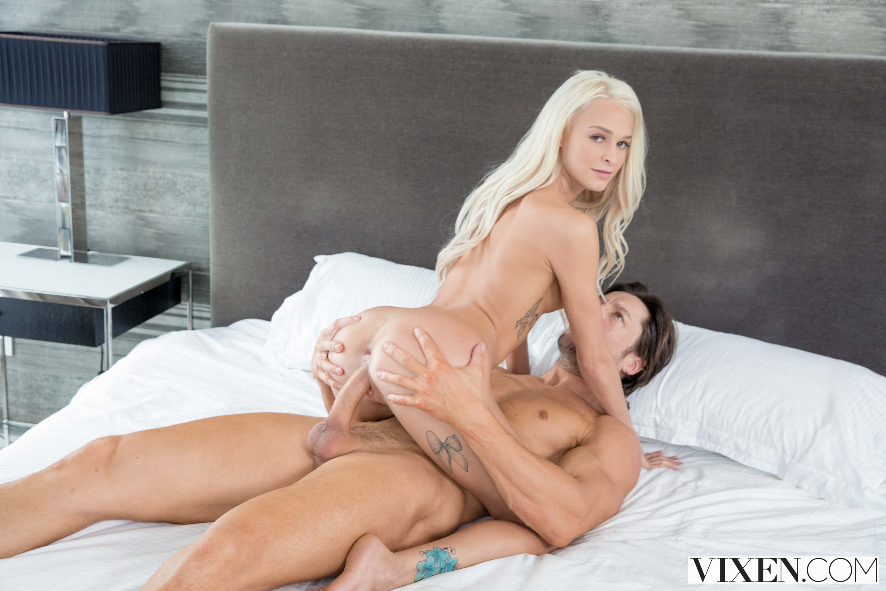 Vixen 'So Much More' starring Emma Hix (photo 13)