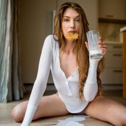 Elena Koshka in 'Vixen' Instant Rebound (Thumbnail 4)